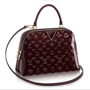 Louis Vuitton New Melrose patent monogram amarante